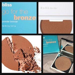 Bliss go for the Bronze Powder cocoa-cabana